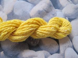 strengetje gele merino met zijde